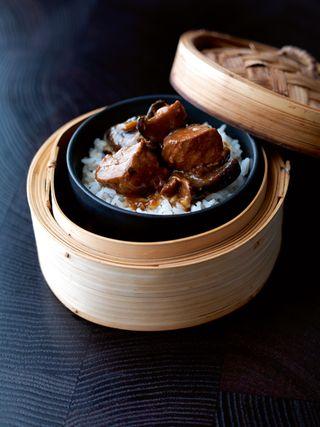 Chinese shitake mushroom and chicken hotpot